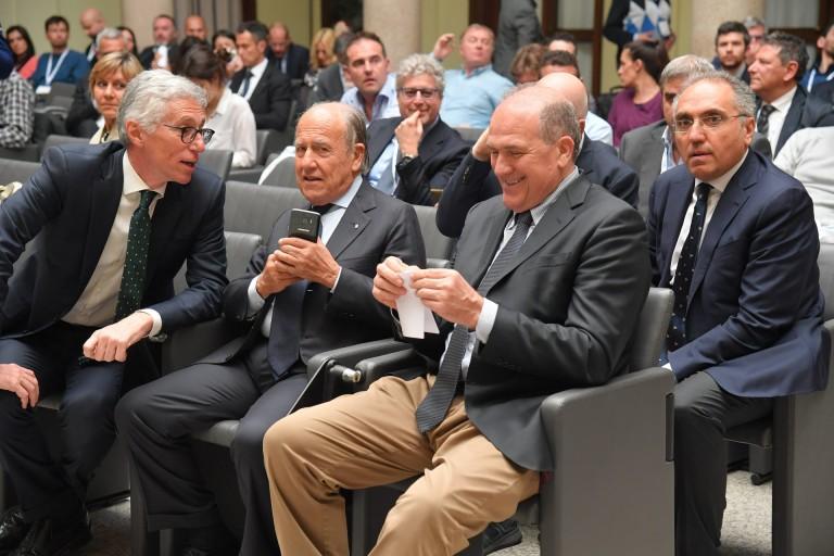 Lorenzo Dallari con il Prof. Franco Chimenti (Vicepresidente CONI) e Oreste Perri (Pres. Comitato Lombardia CONI